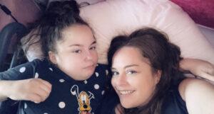 Hogyan segített a kannabisz a 19 betegségtől szenvedő kislányomon.
